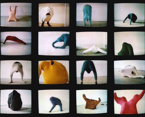 Erwin Wurm, 59 Positions, 1992, © VG Bild-Kunst, Bonn 2017, Foto: Studio Erwin Wurm